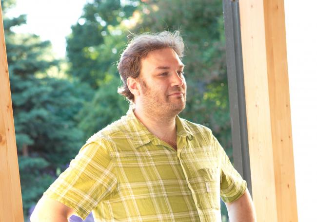 Куратор конкурса Илья Мукосей. Фотография Александра Остроухова