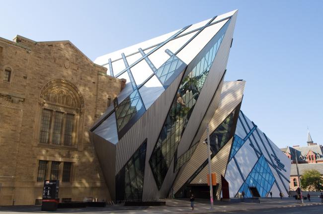 Кристалл – Крыло Майкла Ли-Чина Королевского Музея Онтарио. Фото: The City of Toronto via flickr.com. Лицензия CC BY 2.0