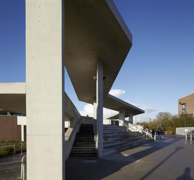 Медицинская школа Лимерикского университета © Dennis Gilbert