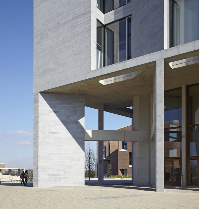 Медицинская школа Лимерикского университета © Grafton Architects