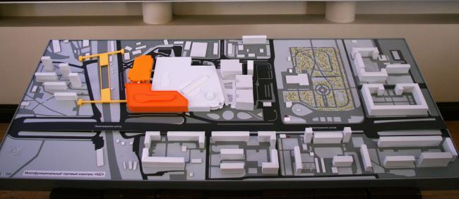 Многофункциональный торговый комплекс «Метрополис», вторая очередь. Макет. Проект, 2013 © UNK project