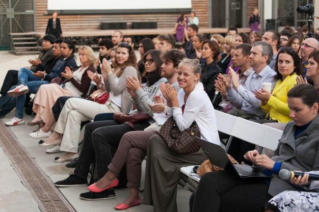 Слушатели лекции «Новая волна китайской архитектуры» в институте «Стрелка» © Strelka Institute