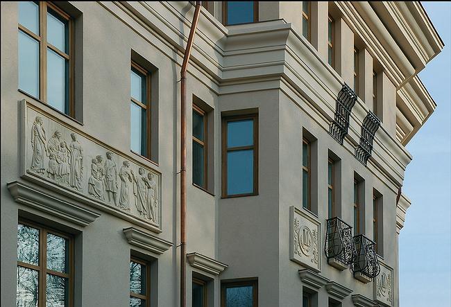 Жилой дом городского семейного клуба «Монолит» © Михаил Белов