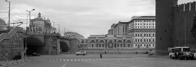 Конкурсный проект «Студии Уткина». Вид со стороны Москвы-реки