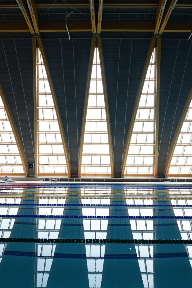 Дворец водных видов спорта в Казани. V-образные конструкции окон