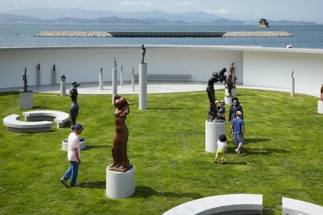 Музей матери и ребенка скульптора Кена Иваты © Daici Ano