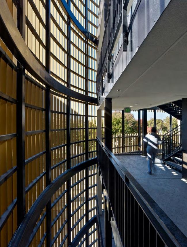 Жилой комплекс La Valentina Station © Bruce Damonte