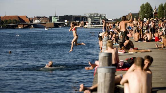 Купальня в Копенгагене. Из презентации Надежды Нилиной