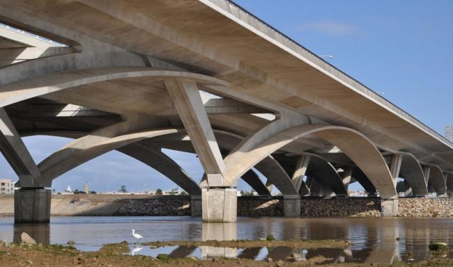«Инфраструктурный проект Рабат – Сале» (2011, архитектор и инженер Марк Мимрам)  © AKAA / Cemal Emden