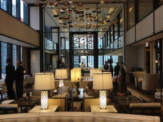 Отель Langham в здании IBM в Чикаго. Фото: Daniel Safarik via worldarchitecturenews.com