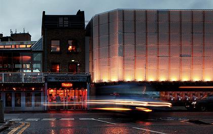 Haworth Tompkins. Театр «Янг Вик» в Лондоне. Фото предоставлено RIBA