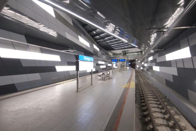 Новый железнодорожный вокзал Дюранго. Zaha Hadid architects. Фото с сайта susaeta.net