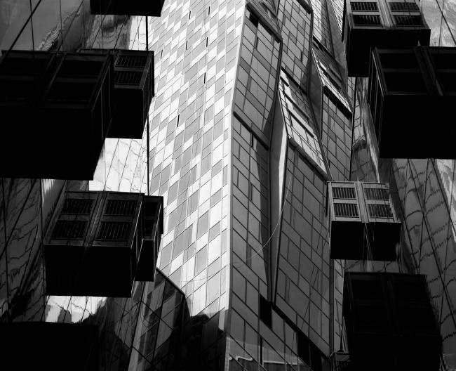 Дом на Мосфильмовской. Фотография Михаила Розанова