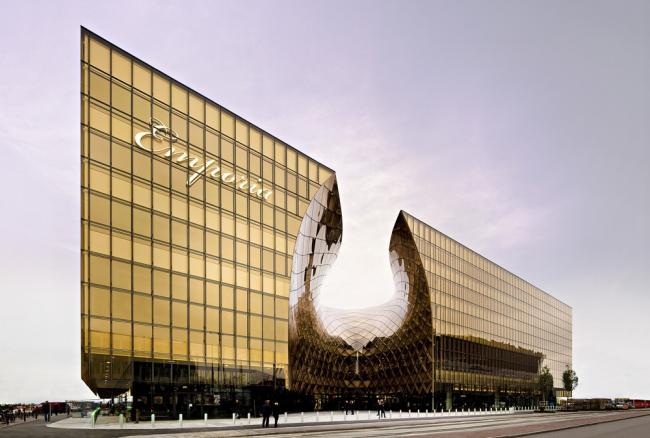 «Шоппинг». Торговый центр Emporia в Мальмё бюро Wingardh Arkitektkontor. Предоставлено WAF