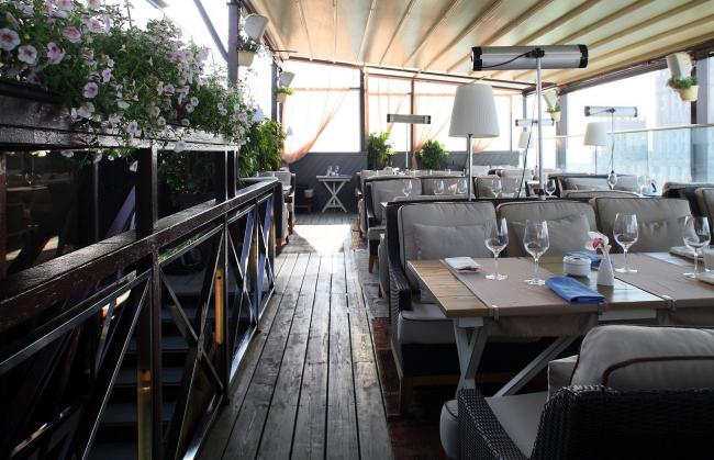«Лучший дизайн общественного интерьера» Ресторан White Rabbit. Архитектурное бюро Archpoint. Фото: archpoint.ru