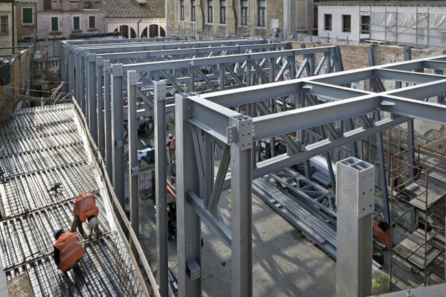 Зал Teatrino в Палаццо Грасси в процессе строительства © ORCH orsenigo_chemollo
