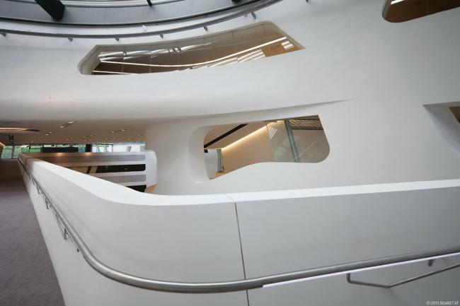 Библиотека и центр знаний Венского экономического университета. Фото © boanet | www.campuswu.at