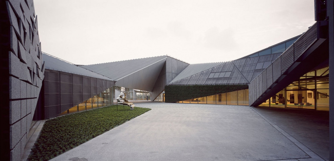 Музей Кюсю Гэйбункан © Kengo Kuma & Associates