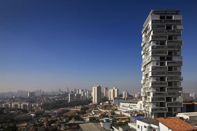 Здание 360° © FG+SG