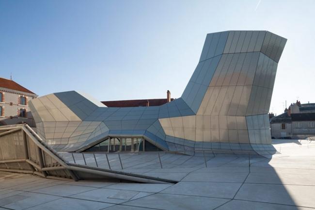 Здание FRAC Центрального региона. Фото © Nicolas Borel