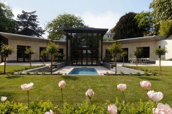 Linear House. Фото с сайта lavishlocations.com