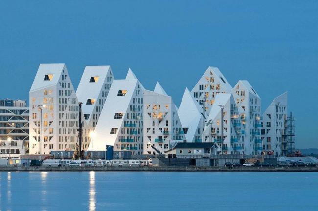 Жилой комплекс «Айсберг» © Mikkel Frost