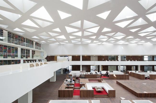 Образовательный центр госпиталя Университета Эразма © Sebastian van Damme