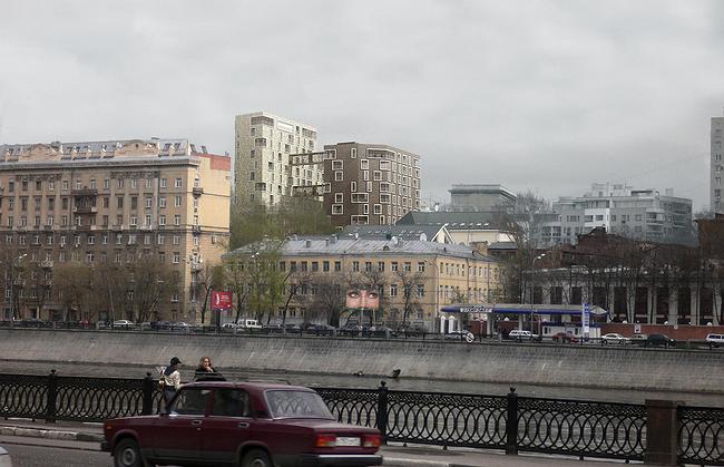 Встройка, вид с Бережковской набережной