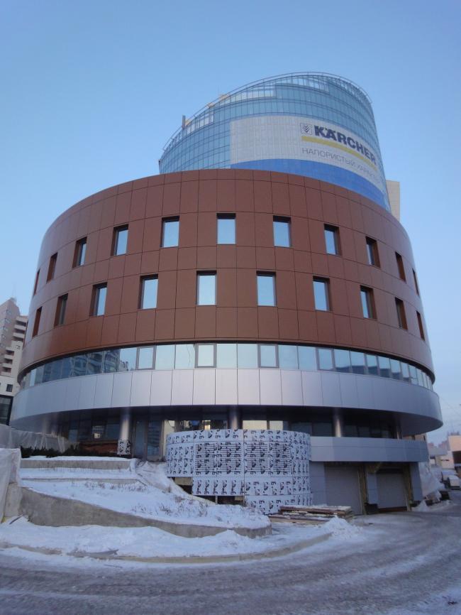Административно-офисный комплекс «Кантри Парк». Фотография с сайта aluwall.ru