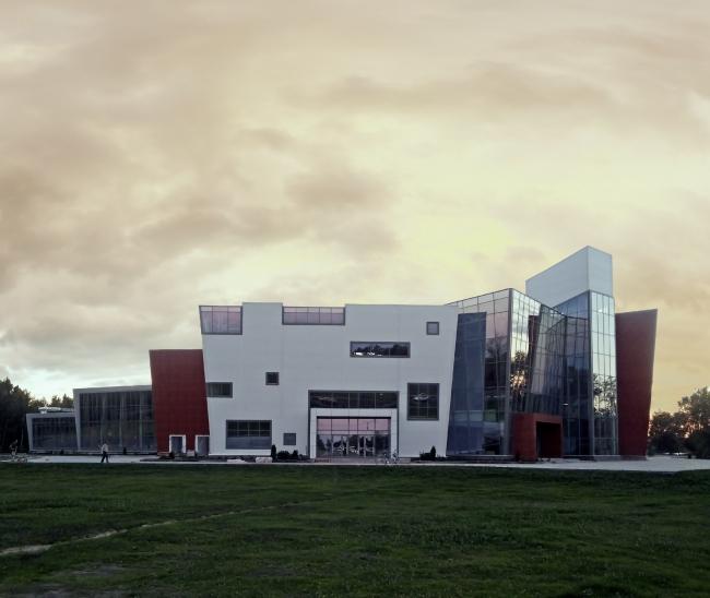 Выставочно-торговый центр в Великом Новгороде  © ПТАМ Виссарионова