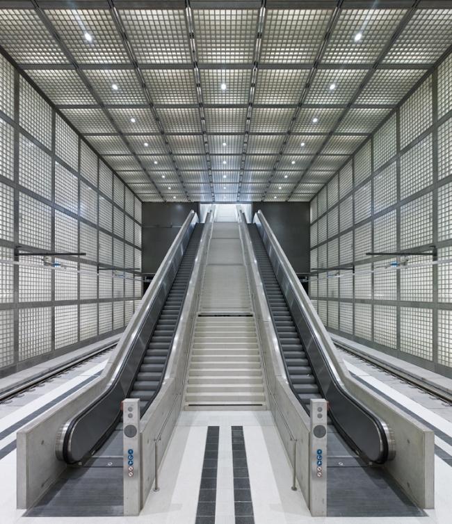 Станция городской электрички Вильгельм-Лойшнер-платц © Stefan Müller