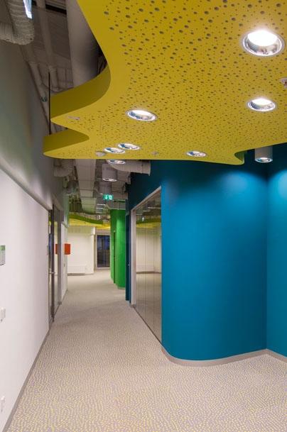 Комплекс зданий факультета права и администрации Венского экономического университета © Ronald Kreimel