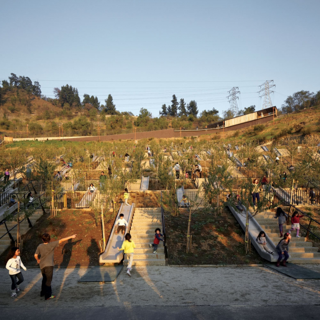 Детский парк Двухсотлетия © Cristobal Palma