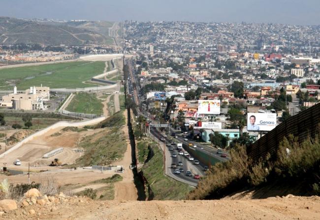Граница между США и Мексикой. Фото: greenword.ru