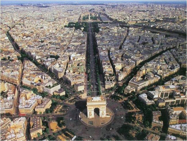 Площадь Звезды в Париже. Материалы предоставлены организаторами
