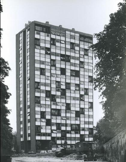 Жилой дом «Тур Буа Ле Претр». Вид вскоре после постройки. 1959 г.