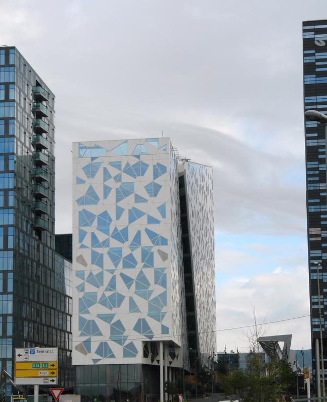 Здание компании Deloitte. Фото: Нина Фролова