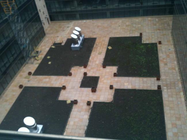 Внутренний двор офисной зоны. Существующее положение