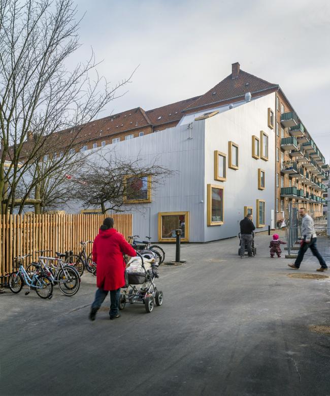 Детский дом культуры Амар © Jens Lindhe