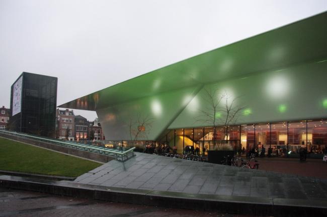 Музей Стеделейк - новое крыло. Бюро Benthem Crouwel. Фото © Ольга Тарасова