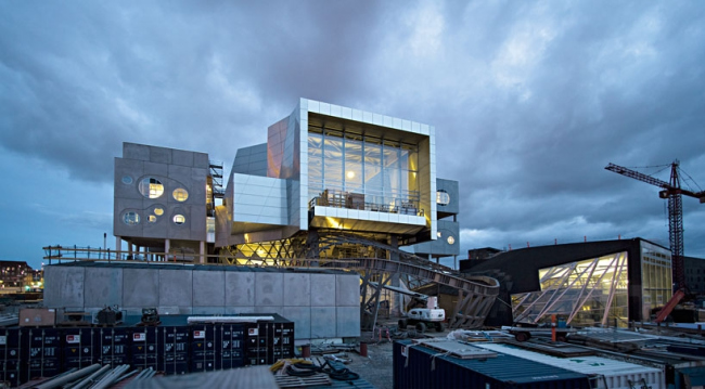 Дом музыки Северной Ютландии в процессе строительства. Pillhofer