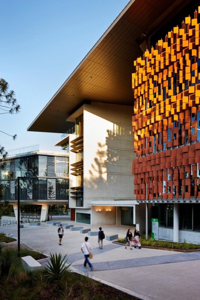 Корпус AEB Квинслендского университета © Peter Bennetts