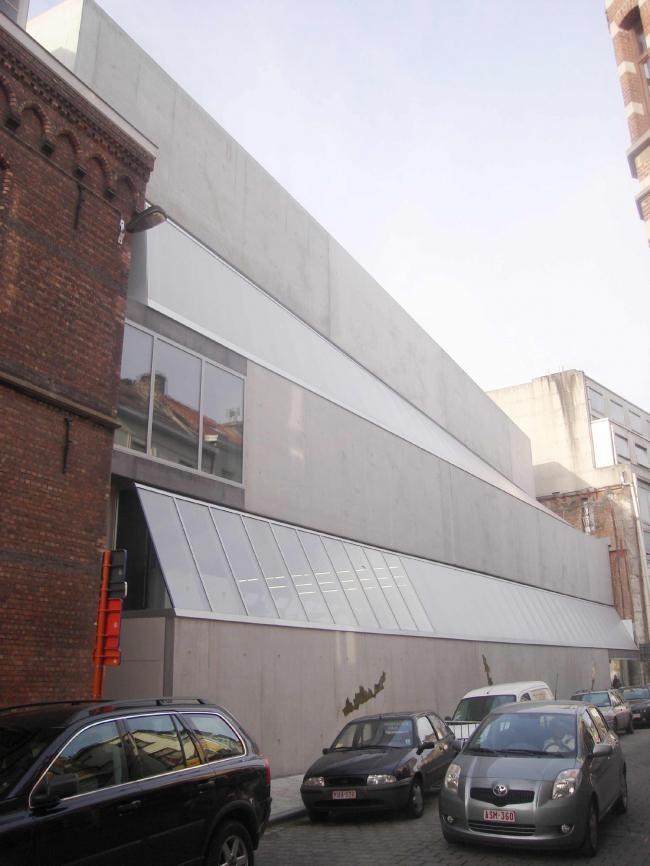 Школа изящных искусств Синт-Лукас в Генте. 2002-2013 © XDGA