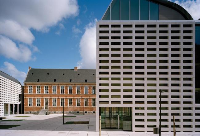 Европейский колледж в Брюгге. 2001-2008. Фото: Andre Nullens © XDGA