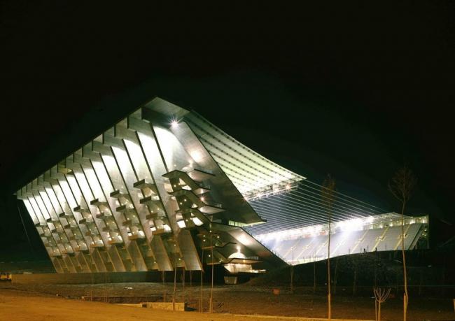 Футбольный стадион для чемпионата Европы-2004 в Браге. 2000-2003. Фото © Luis Seixas Ferreira Alves