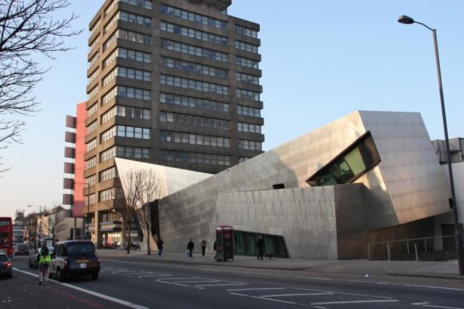 Аспирантский центр Лондонского столичного университета. Фото © J Haeske / Flickr с сайта e-architect.co.uk