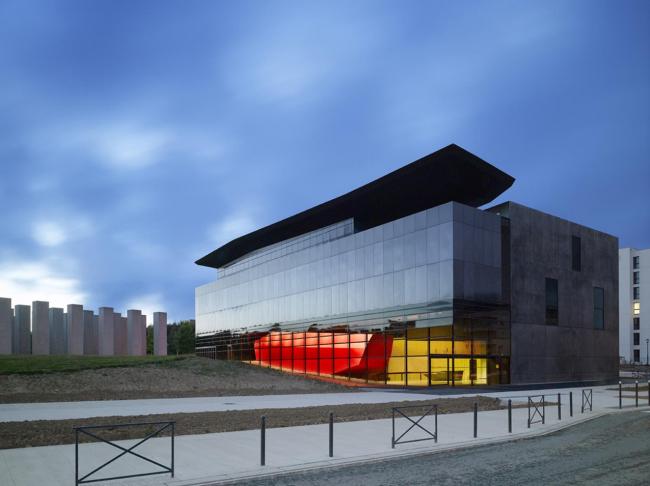 Здание FRAC Бретань © Odile Decq – Roland Halbe