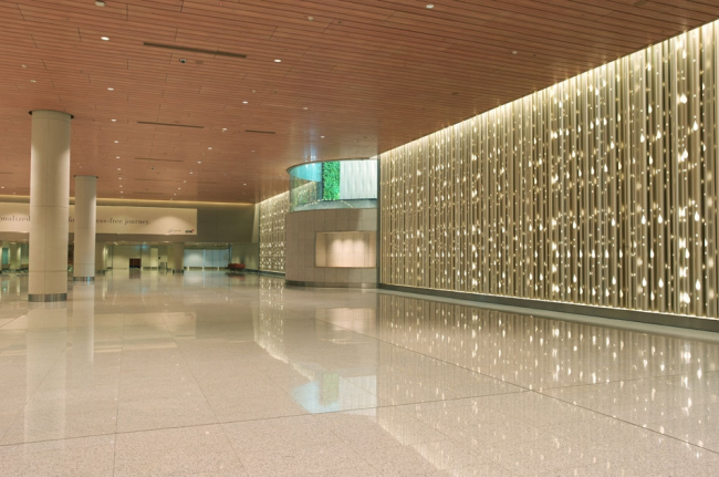 Терминал 2 Аэропорта Чатрапати Шиваджи © Robert Polidori