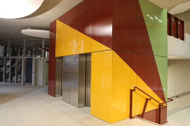 Студенческий центр им. Со Суи Хока Лондонской школы экономики © Dennis Gilbert/VIEW, www.dennisgilbert.com, www.viewpictures.co.uk