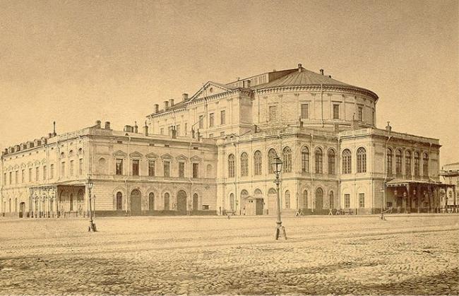 Мариинский театр до реконструкции 1885 года. Архитектор Альберто Кавос. Фото: www.mariinsky.ru
